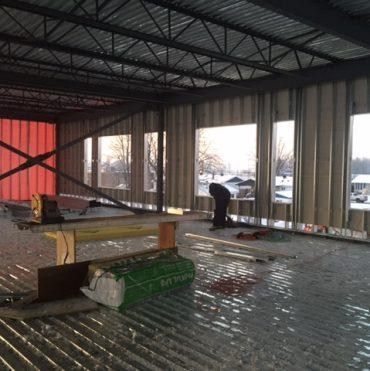 Nouvelle Ecole Ville Mc Masterville MONTAGE DE CLOSONS EN ACIERS TYBEC 002 370x371